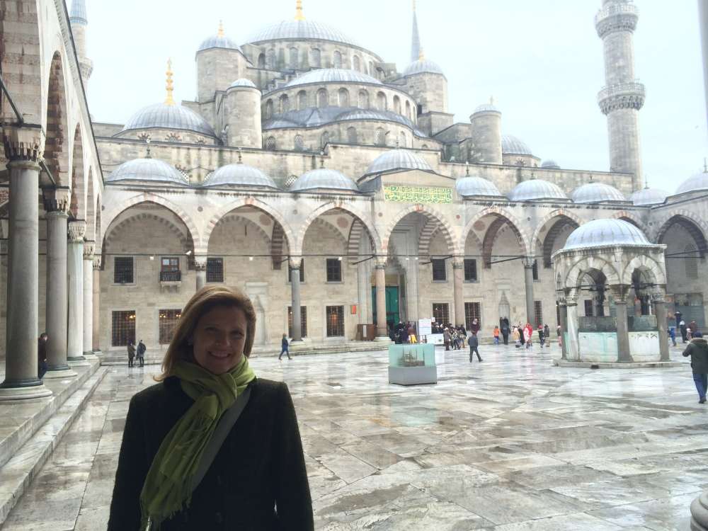 The entire mosque was built in just 7 years; between 1609-1616.